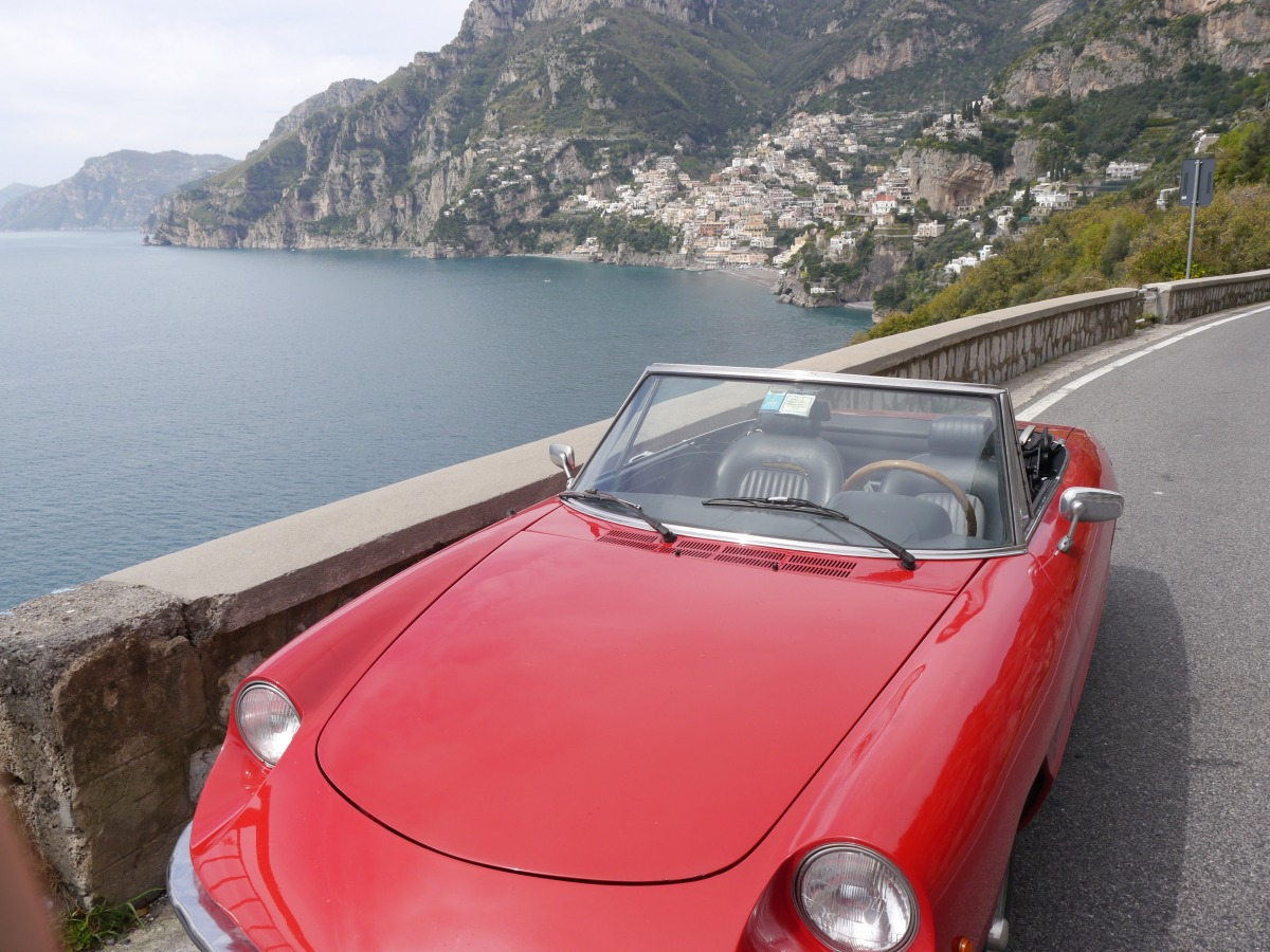 Alfa Romeo Spider 1970 Car Hire Amalfi Coast Car