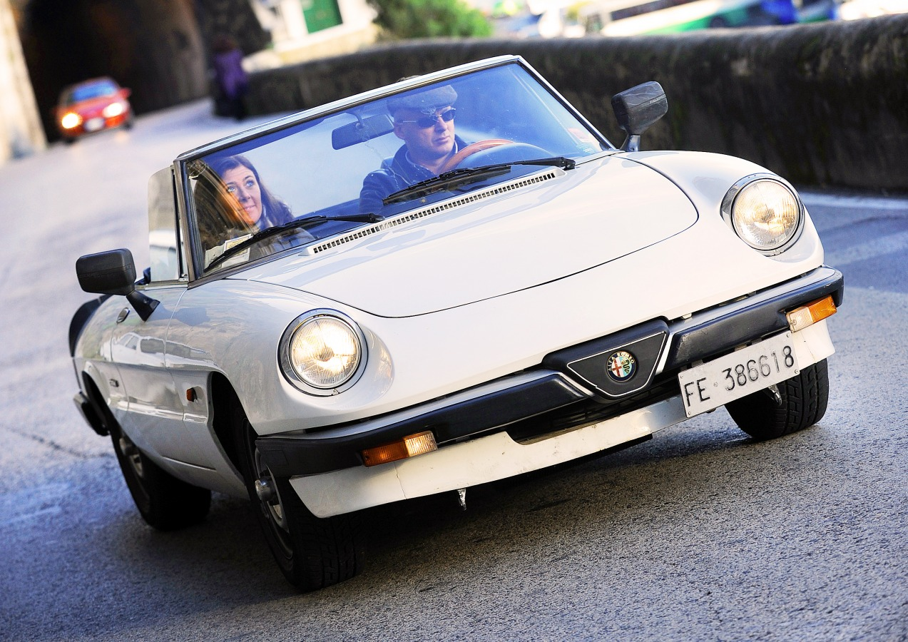 Foto Francesco on Alfa Romeo Spider Transmission Mount